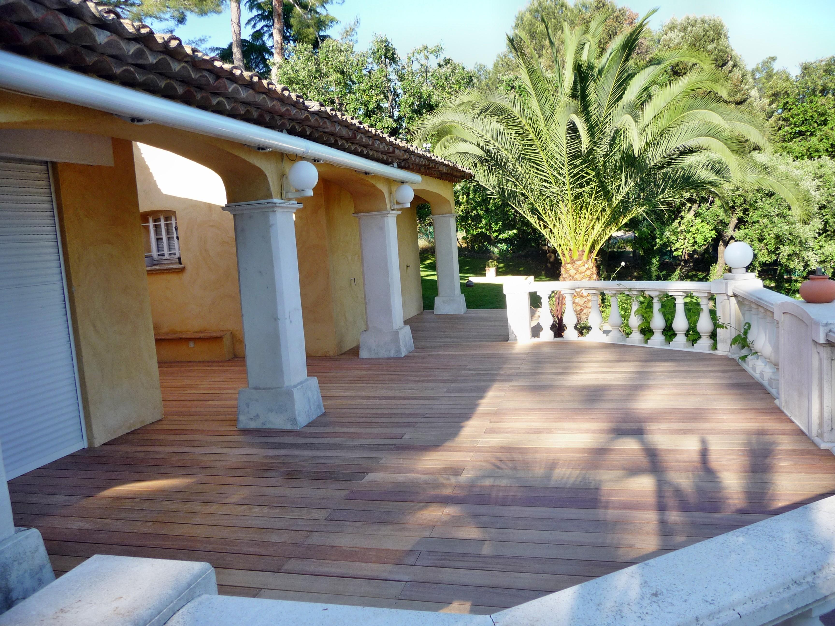 Terrasse bois humidite diverses id es de for Cout terrasse en bois